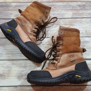 3bb8b3a15fb UGG Adirondack II Gore Tex 5469 Hiking Boots